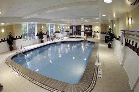 Hilton garden inn birmingham se liberty park updated for Pool show birmingham
