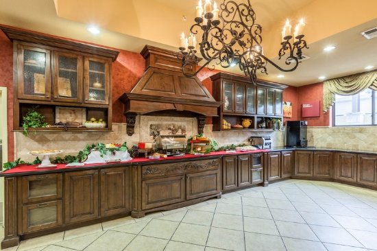 Comfort Suites Alamo Riverwalk 116 ̶1̶3̶6̶ Updated