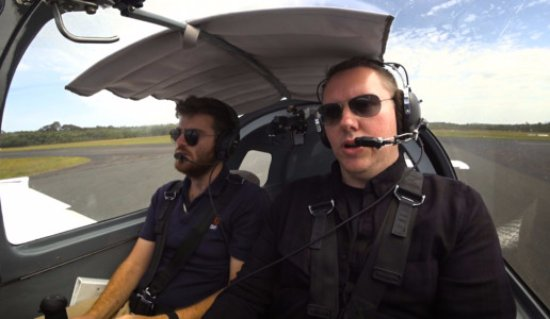 Caloundra, Australië: Overcome your fear of flying. Watch our reality show: takingflight.tv