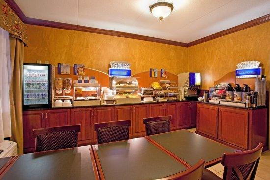 Bridgeville, PA: Breakfast Bar
