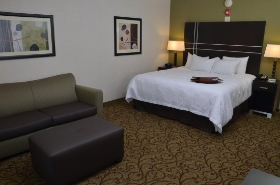 West Middlesex, PA: King Standard Room