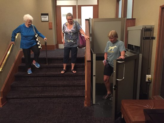 Sheraton Denver West Hotel : Handicap Lift does not work. Very Unsafe. Reported 4 days ago!