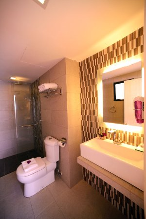 Bella vista waterfront bewertungen fotos preisvergleich kuah malaysia tripadvisor Premiere bathroom design reviews