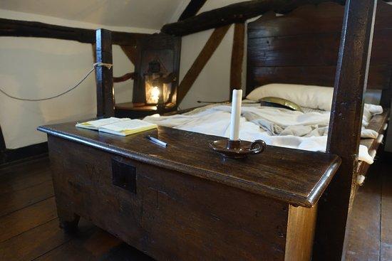 Anne Hathawayu0027s Cottage U0026 Gardens: The Courting Chair