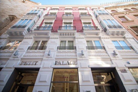 Petit Palace Plaza de la Reina, hoteles en Valencia