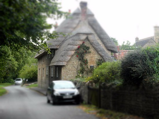 Oundle, UK: view from the lane towards village centre