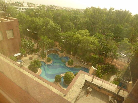 BnB Chrysalis: Beautiful pool area