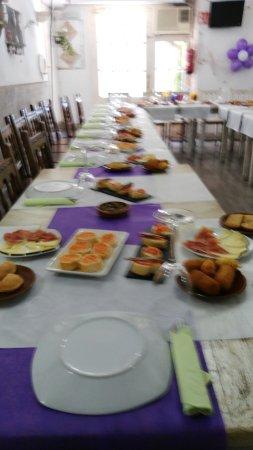 Fuentes de Ebro, España: Disponible para cualquier evento con reservacion anticipada capacidad de hasta 50 personas comid