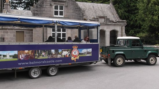 Balmoral Castle: The trailer that you can ride on from the carpark to the castle.