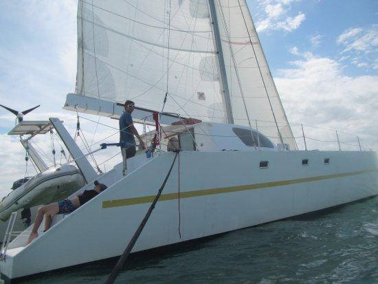 L'Oiseau Blanc : Nouveau bateau , toujours rapide mais plus confortable...