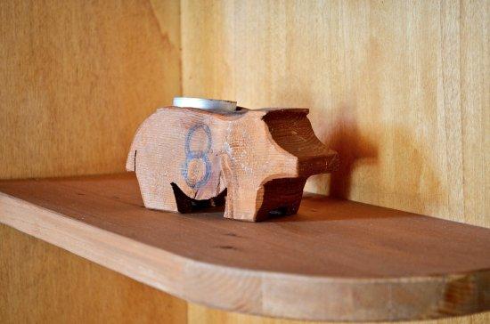 Mobili Legno Riciclato Verona : Porcellini in legno riciclato foto di ristorante dell