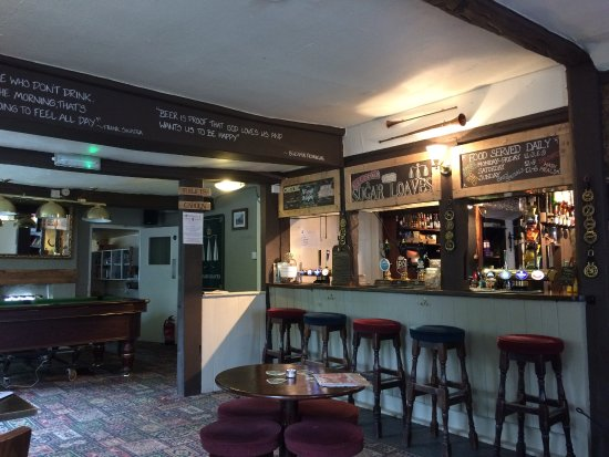 Hollingbourne, UK: bar area