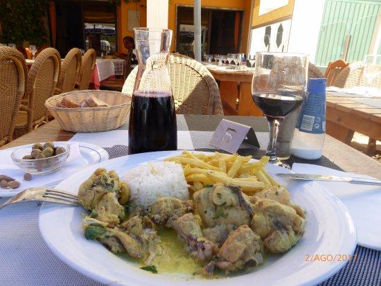 Estombar, Portugal: Caril