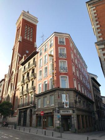 Hotel Plaza Mayor Photo