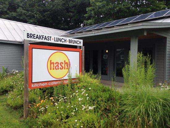 Hash: Indoor and outdoor settings, dog friendly