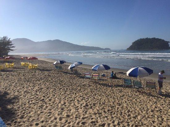Pousada Kaliman: praia limpa, serviço de praia