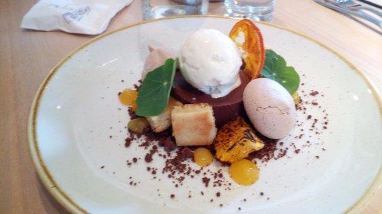 Hopping Hare: Dessert