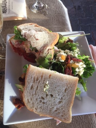 Cafe Champagne: Turkey Sandwich
