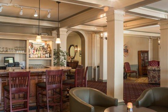 Morgan's Tavern Bar