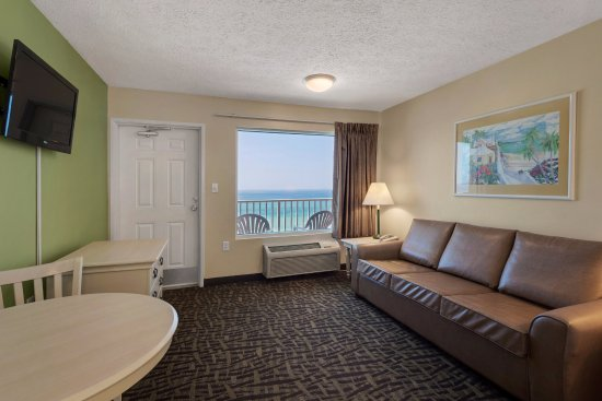 Beachcomber By The Sea: King Suite