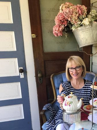 Myrtle Creek, OR: What a wonderful treasure The Painted Lady Tearoom is. I ordered the Queens Tea for an afternoon