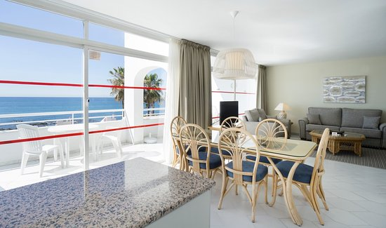 Miraflores Beach & Country Club: 3 Bedroom Beach Side view