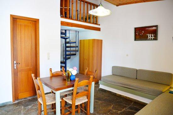 Androulakis Apartments: maisonete