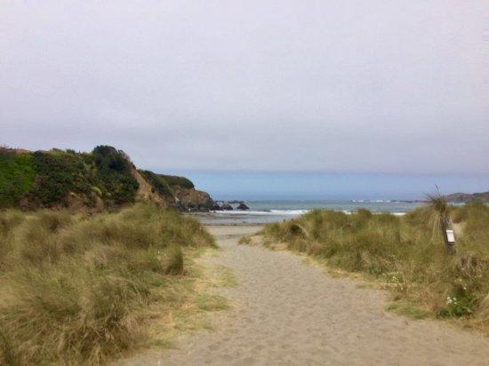 Westport, CA: Caspar Beach 3