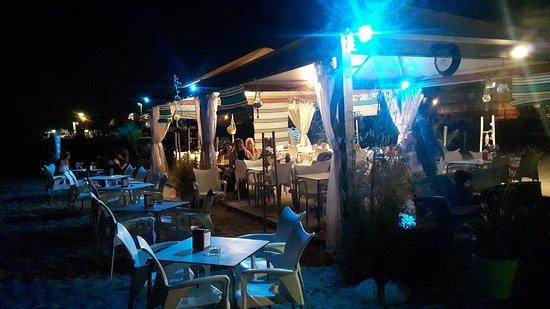 Els pescadors de pineda de mar restaurant reviews phone for Restaurant pineda de mar
