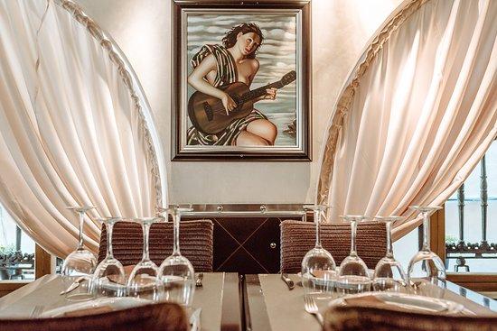 Photo of Restaurant My Way at Carrer De Les Heures, 10, Barcelona 08002, Spain