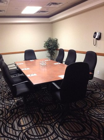 Rosslyn Inn and Suites: Boardroom