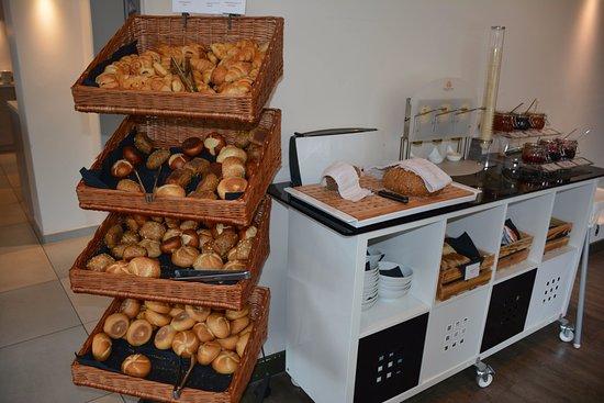 Bread Area Of The Breakfast Buffet Picture Of Leonardo Hotel Munich City Olympiapark Tripadvisor