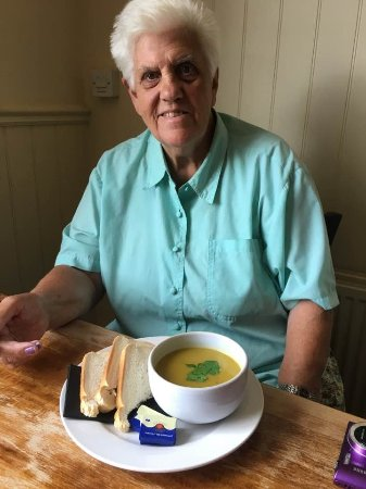 ‪‪Swaffham Bulbeck‬, UK: Vegetarian soup, plenty of choice for her.‬