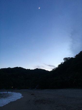 Bahia de la Luna: Anochecer