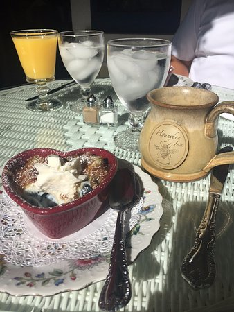 Horicon, WI: Blueberry Oatmeal Brulee as a breakfast starter