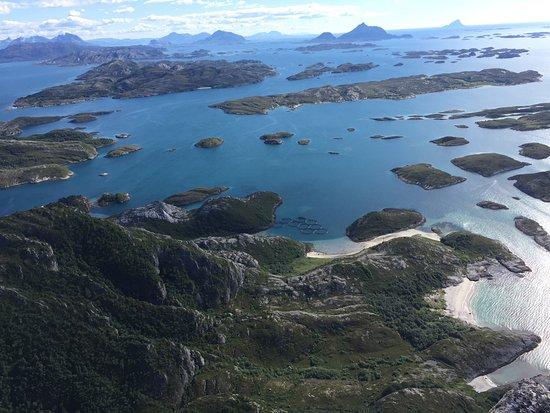 Nordland, Norway: Rødøyløva en vakker sommerdag, juli 2017