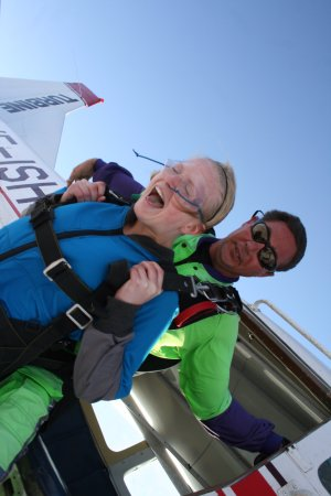 Swakopmund Skydiving Club: Don't want to see the Ground so far away !!
