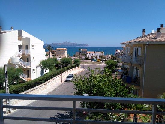 Baulo Mar Apartaments: View from top floor corner apartment