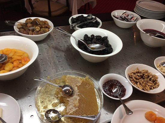 Crowne Plaza Riyadh Minhal: Breakfast