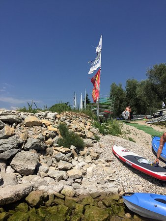 Wind Square Wassersport und Windsurfen in Malcesine: photo2.jpg