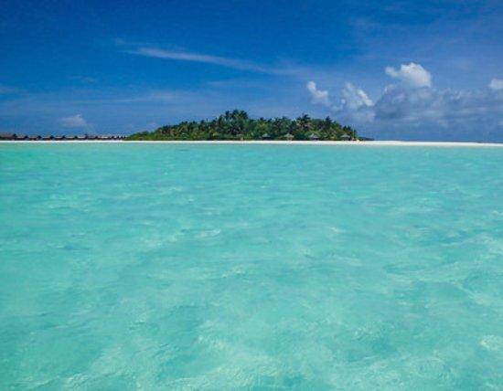 COMO Cocoa Island: The island