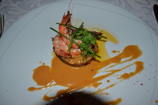 Velluire, Frankrike: Entrée à base de crevettes