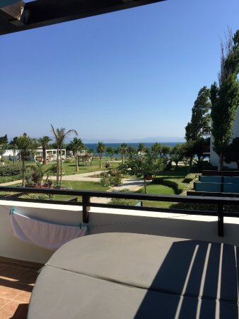 Fabulous Resort - A Memorable Holiday Of 2 Halves