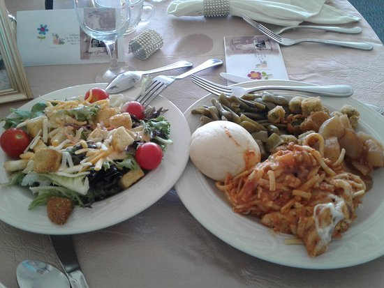 Kenlake State & Resort Park: Delicious food for celebration!