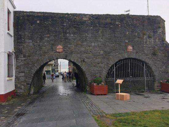 The Spanish Arch: photo0.jpg