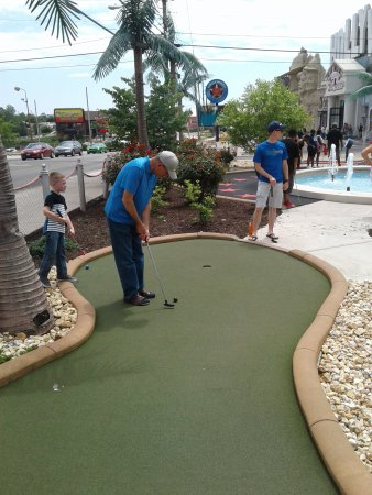 Shoot For the Stars Mini Golf: Right on 76 Blvd. -- challenging shots!