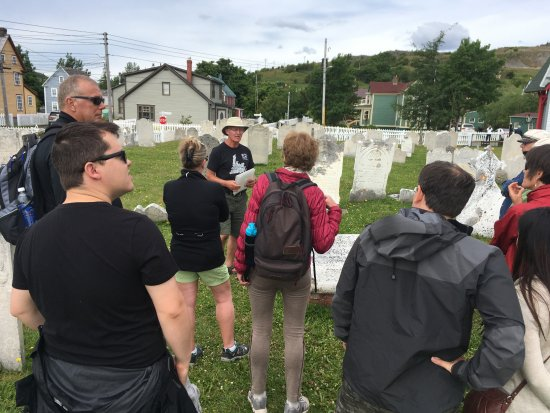 Trinity, Canada: Tales at John Clinch's grave-site.