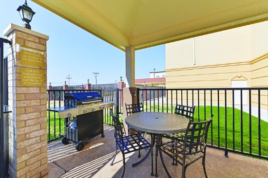 La Quinta Inn & Suites Abilene Mall: ExteriorView