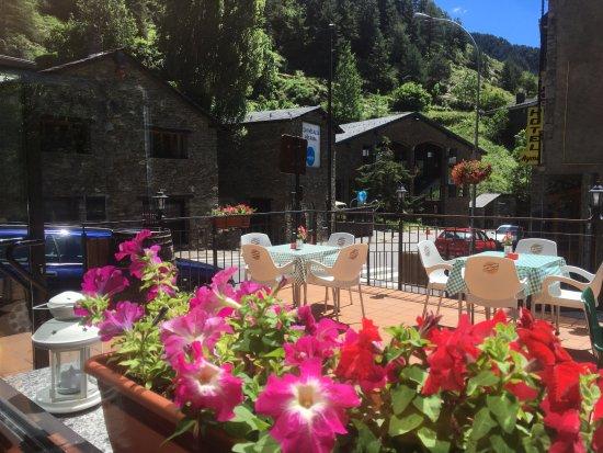 Restaurant 360 Arinsal: Terraza