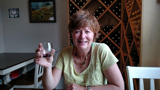 Laporte, CO: Enjoying the red blend!